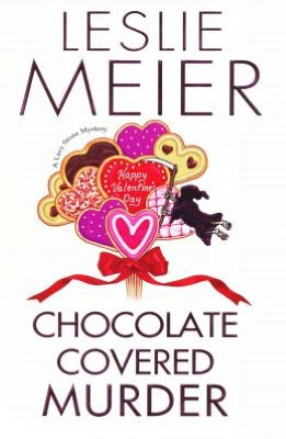Chocolate Covered Murder (Lucy Stone Series #19)
