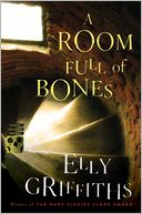 A Room Full of Bones (Ruth Galloway Series #4) by Elly Griffiths: Book Cover