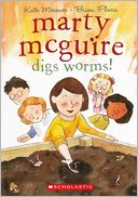 Marty Mcguire Digs Worms! (Turtleback School & Library Binding Edition)