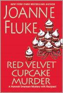 Red Velvet Cupcake Murder (Hannah Swensen Series #16) by Joanne Fluke: Book Cover
