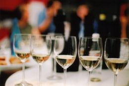 Wine Connoisseur- Gifts-Tours-Memberships