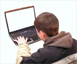 How to Keep Your Kids Stay Safe Online : Protect Your Child From Online Predators!
