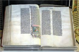 The Torah in English Text