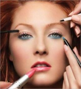 803 Makeup Secrets:Makeup Secrets Revealed
