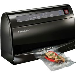 FoodSaver V3460 Vacuum Sealing Kit