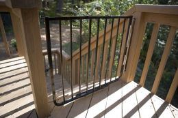 Cardinal Gates SS30A-BR Stairway Special- Brown
