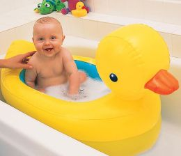 Munchkin White Hot Inflatable Safety Duck Tub
