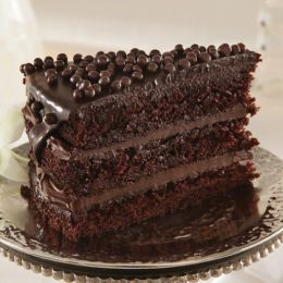 Chocolate Raspberry Crisp Cake