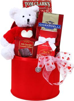 Alder Creek Glamorous Valentine Gift Box with Bear