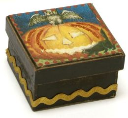 Pumpkin with Owl Halloween Square Box 2.5x2.5