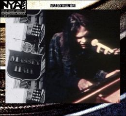 Live at Massey Hall 1971 [CD/DVD]