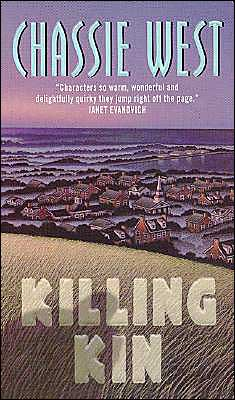 Killing Kin ( Harper Tourch Mystery Series)