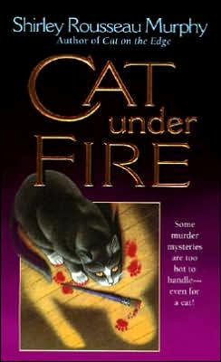 Cat under Fire (Joe Grey Series #2)