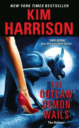The Outlaw Demon Wails (Hollows Series #6)