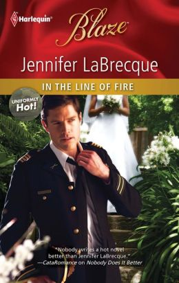 In the Line of Fire (Harlequin Blaze #598)