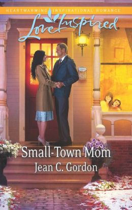 Small-Town Mom (Love Inspired Series)