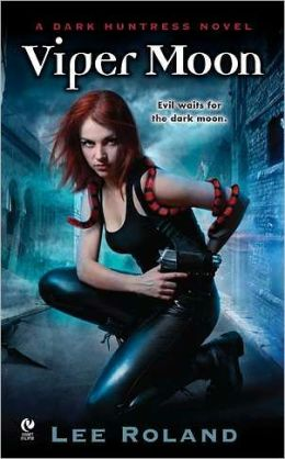 Viper Moon (Earth Witches Series #1)