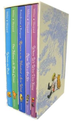 Winnie The Pooh Deluxe Gift Box