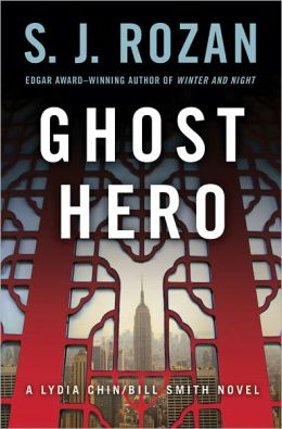 Ghost Hero (Lydia Chin and Bill Smith Series #11)