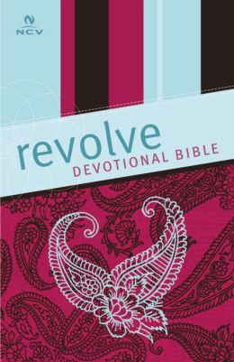Revolve Devotional Bible: The Complete Bible for Teen Girls