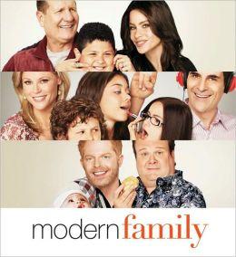 2011 Modern Family Wall Calendar