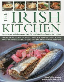 The Irish Kitchen: Discover the best of classic and modern food from Ireland: the traditions, locations, ingredients and preparation techniques, with more than 400 photographs in total.