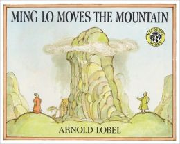 Ming Lo Moves the Mountain (Turtleback School & Library Binding Edition)