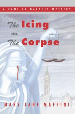 The Icing on the Corpse (Camilla MacPhee Series #2)