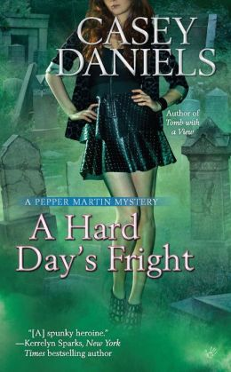 A Hard Day's Fright (Pepper Martin Series #7)