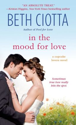 In the Mood for Love (Cupcake Lovers Series #4)