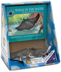 Wings in the Water: The Story of a Manta Ray (Smithsonian Oceanic Collection Series)