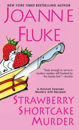 Strawberry Shortcake Murder (Hannah Swensen Series #2)